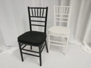 black-white-chiavari-chair-dining-rental-in-los-angeles