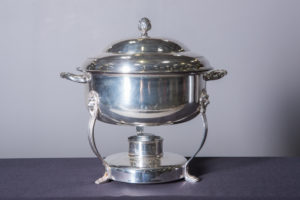 silver-round-chafing-dish-8-quart-catering-rentals-in-los-angeles