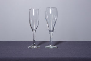 flute-champagne-glass-and-tulip-wine-glass-dinnerware-rental-in-los-angeles