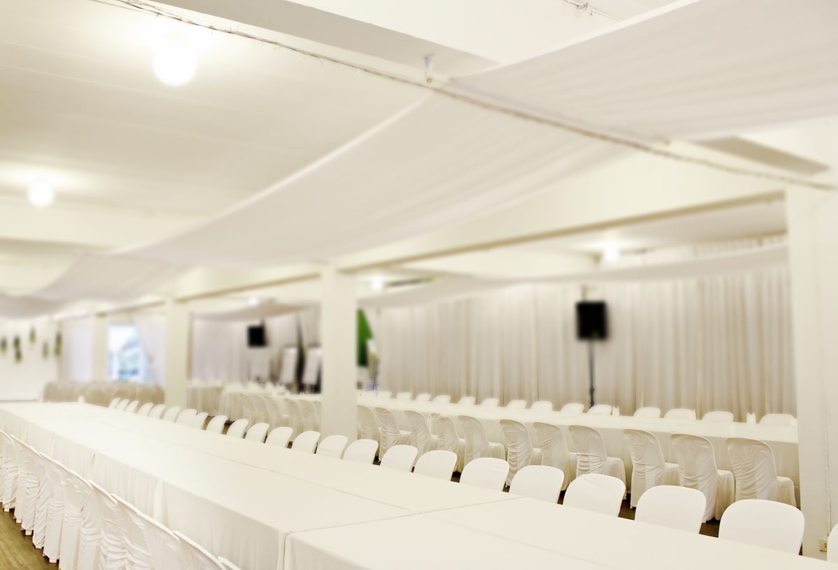 6 Essential Tips for Planning a Large Wedding